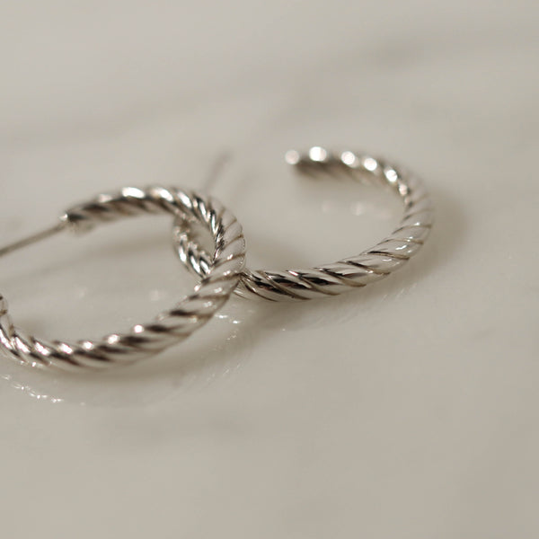 925 Classic Spiral Rope Crescent Earrings