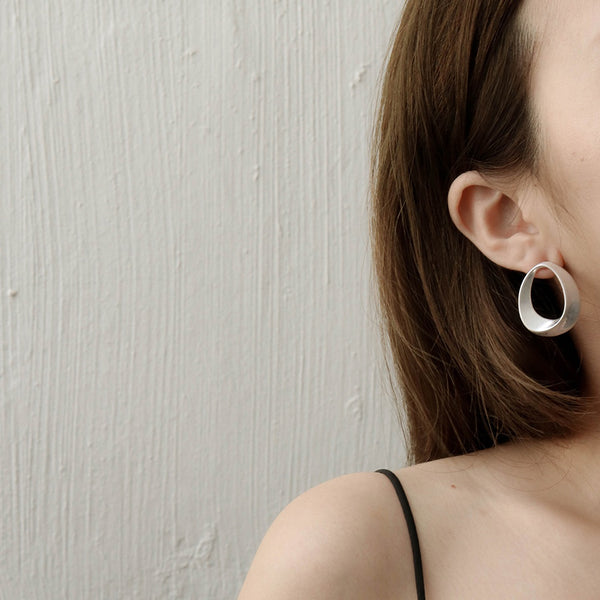 Hollow Geometric Earrings