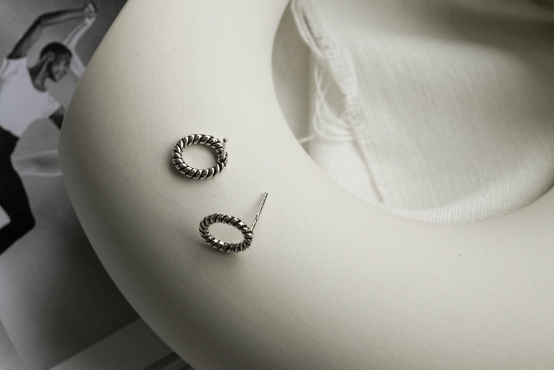 925 |Handcrafted| Oval Spiral Rope Stud Earrings