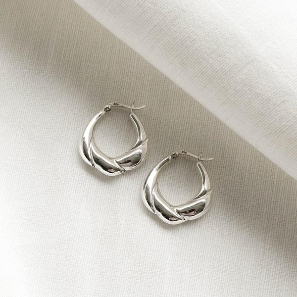925 Silver Croissant Form Earrings | A KIND OOOF