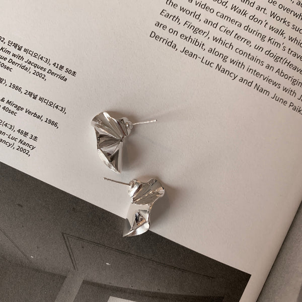 925 Irregular Fold Earrings