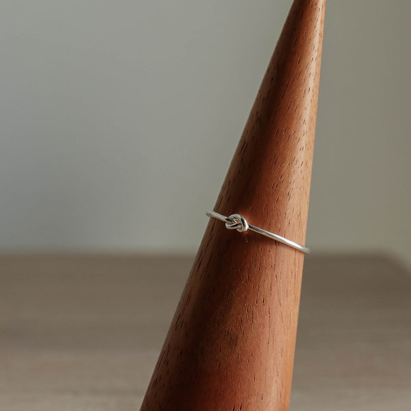 925 |Handcrafted| Infinity Knot Ring<br> <font>Size 12</font>