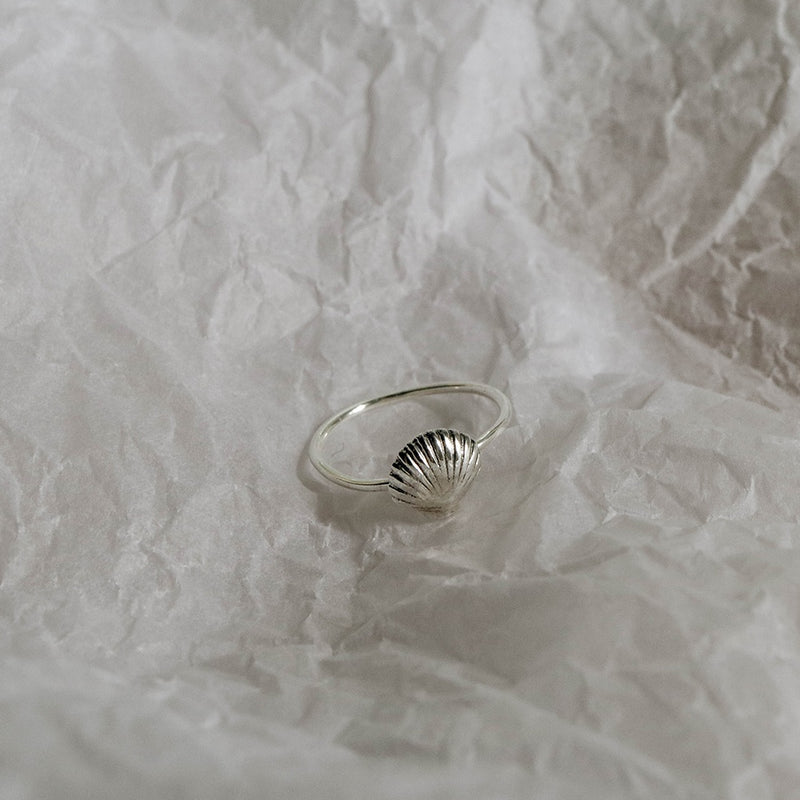 925 Seashell Ring<br><font>Size 9•10</font>