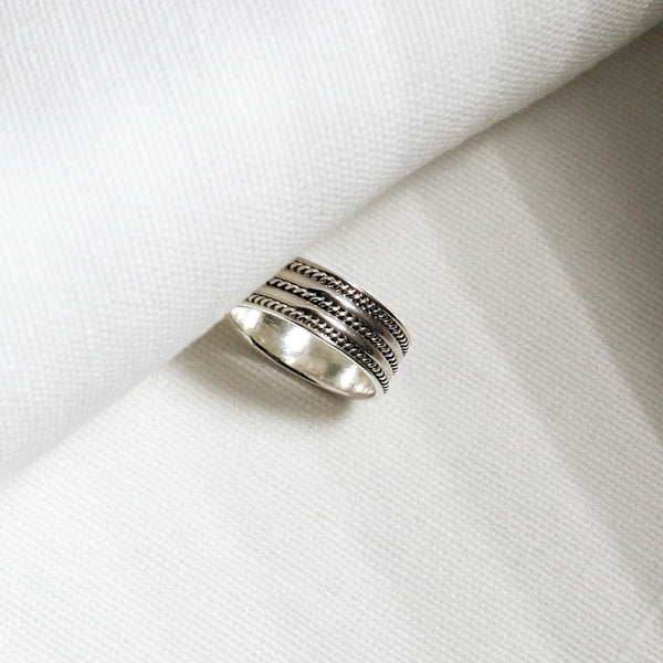 |Handcrafted| Trio Spiral Rope Ring