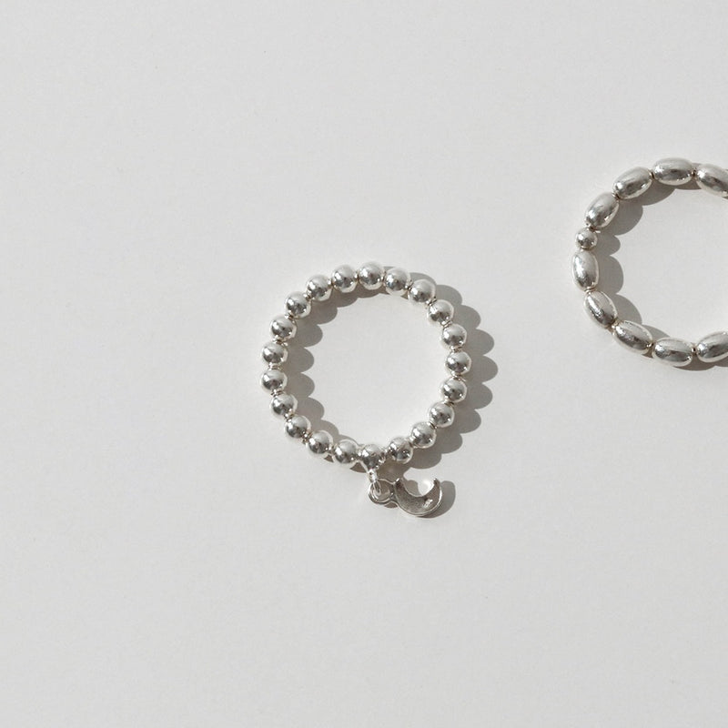 925 |Handcrafted| Beads Ring with Crescent Moon<br><font>Size 12•14•16</font>