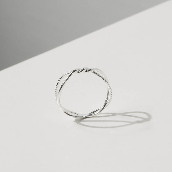 925 |Handcrafted| Twisting Vine Ring <br><font>Size 12</font>