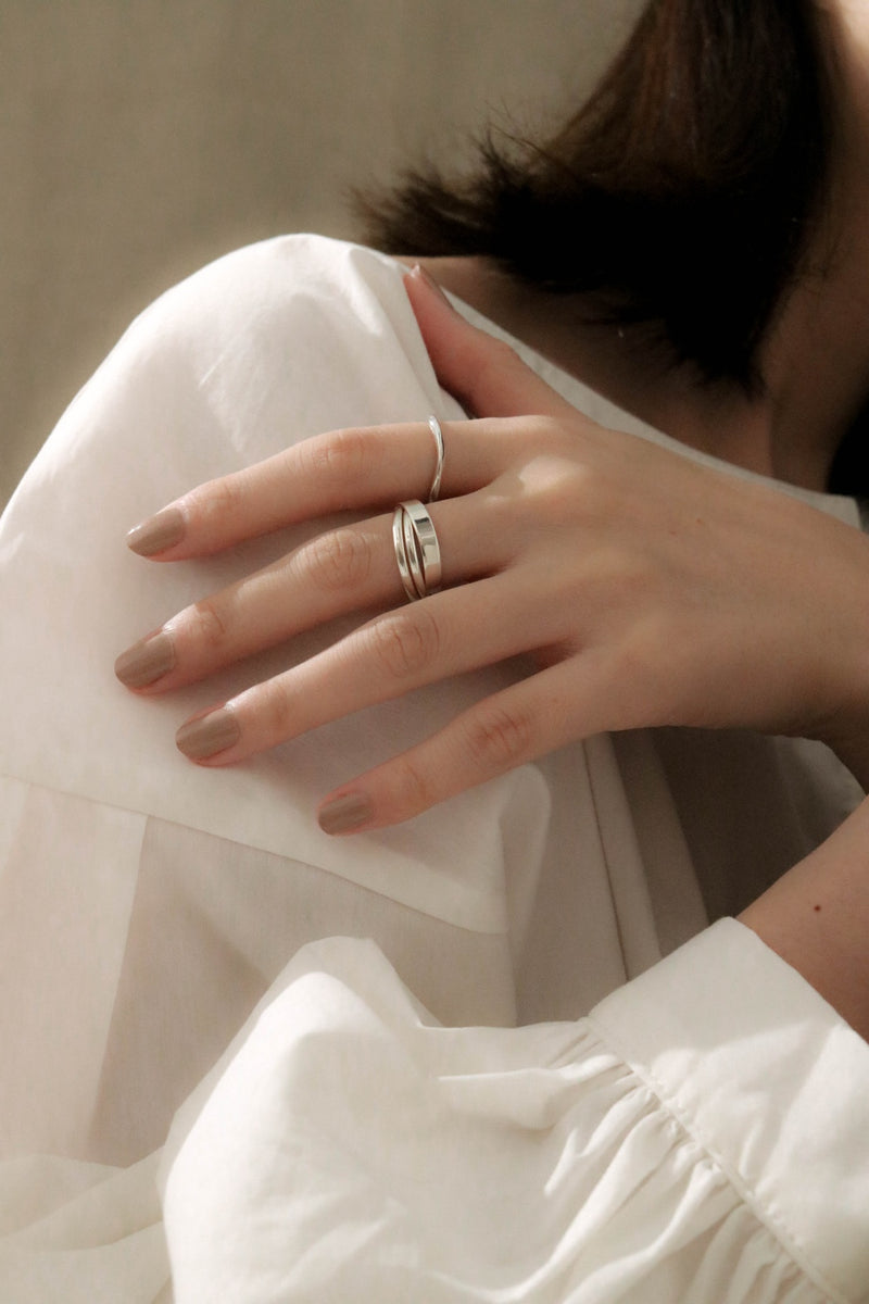 925 |Handcrafted| Freeform Dainty Ring <br><font>Size 9•11•13•15</font>
