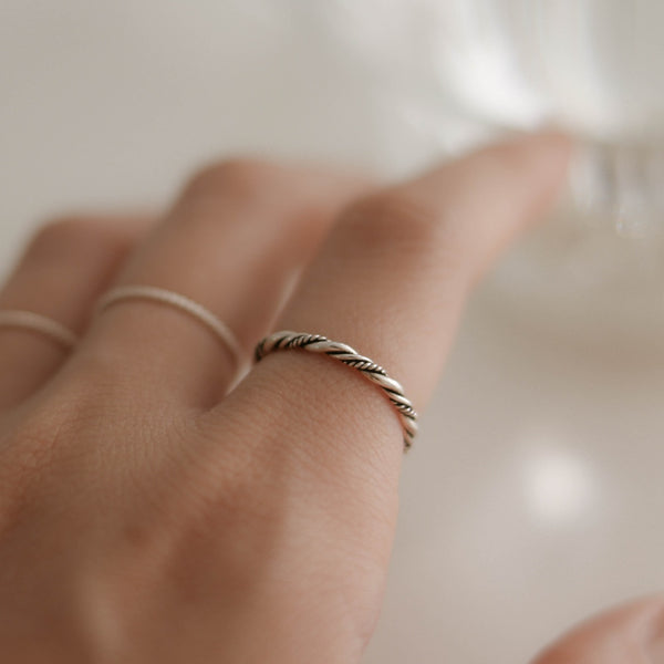 925 |Handcrafted| Double Twist Garden Rope Ring <br><font>9•11•14</font>