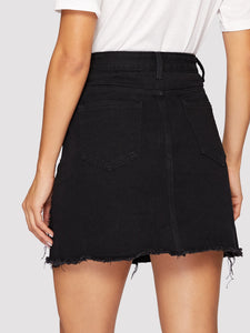 BLACK WASH DISTRESSED DENIM SKIRT