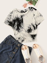 Load image into Gallery viewer, Tie-Dye Wash Twist-Front Tee