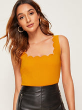 Load image into Gallery viewer, SCALLOPED TRIM TANK TOP