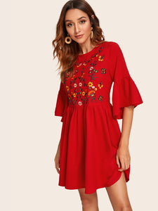 EMBROIDERED FLORAL FLOUNCE SLEEVE SMOCK DRESS