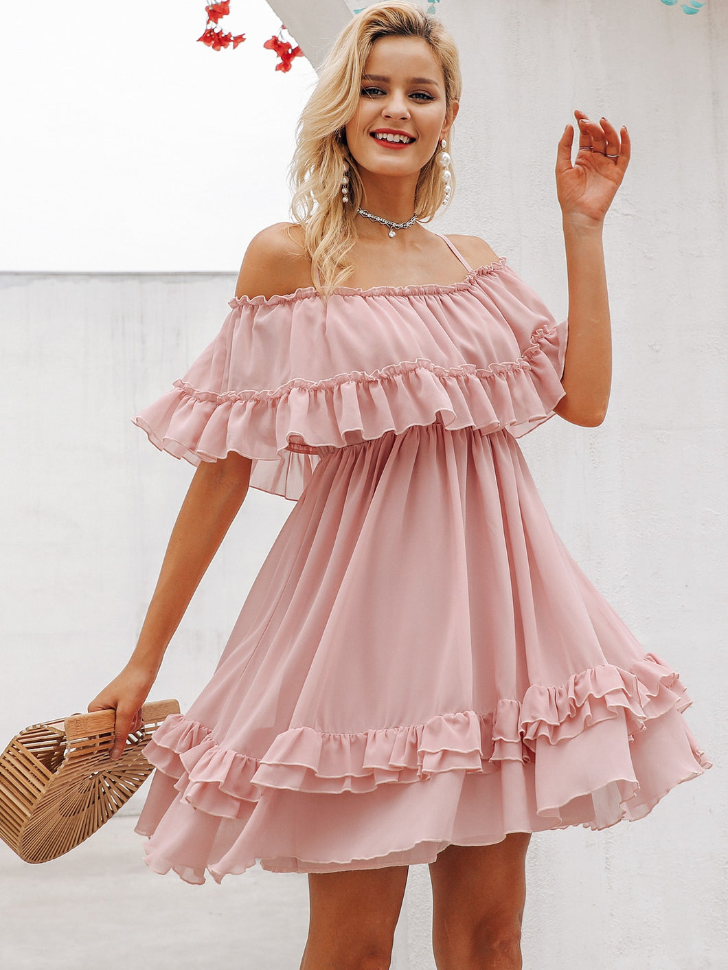 SIMPLEE COLD SHOULDER LAYERED RUFFLE HEM DRESS