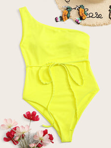 ONE SHOULDER BELTED ONE PIECE SWIMSUIT