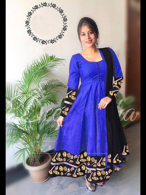 Unique Color Blue tapeta silk fancy  Dress