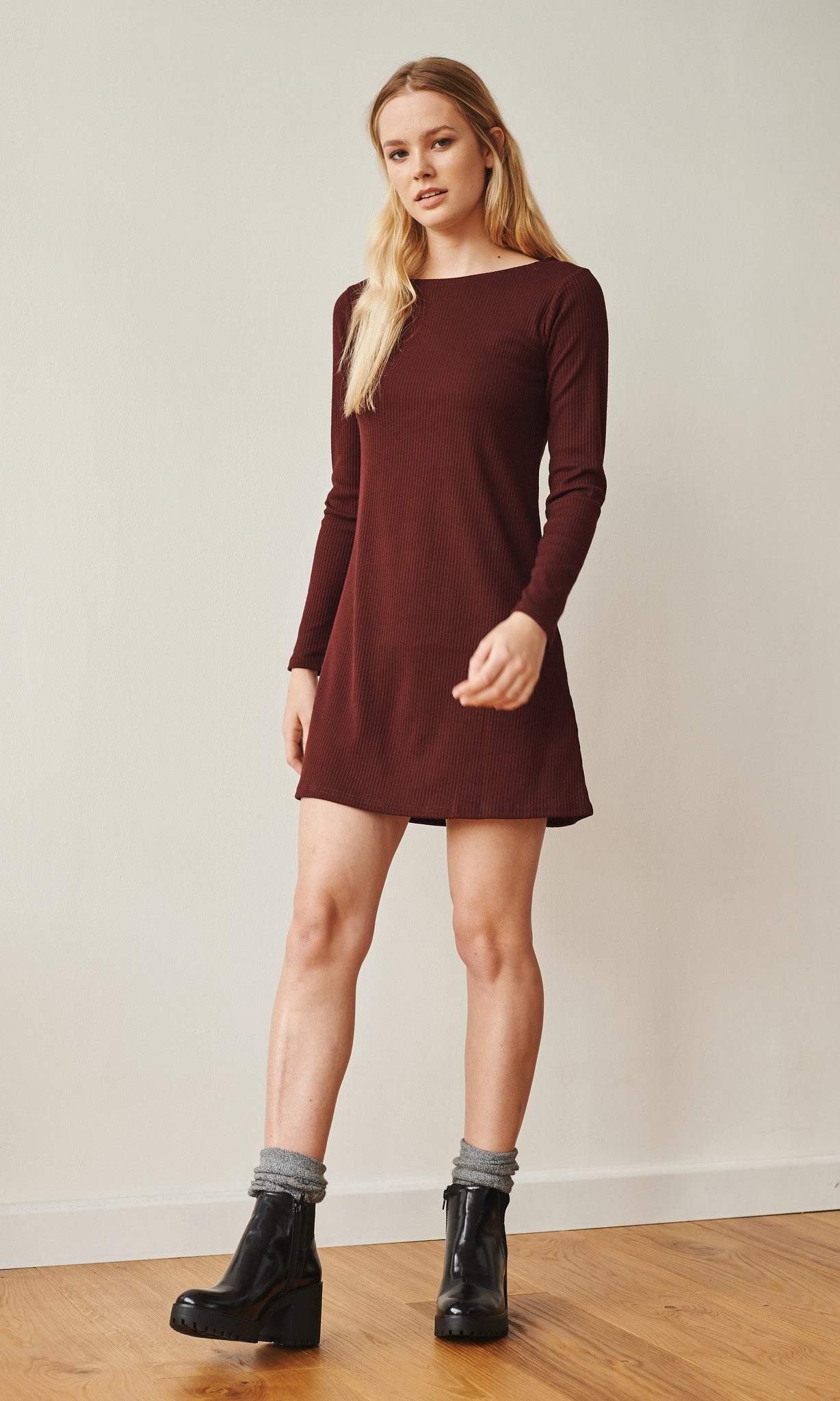 Francoise boat neck long sleeve ribbed dress burgundy
