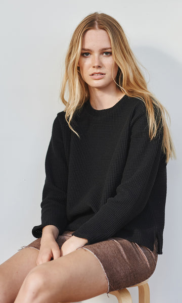 College waffled sweater black