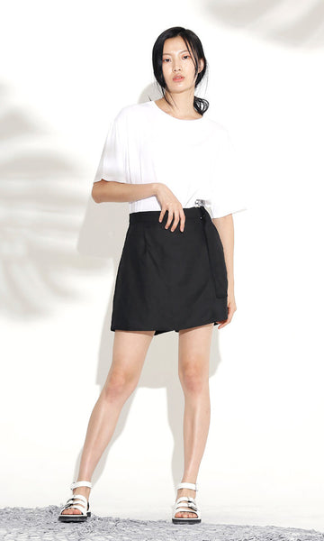Buckle belt black wrap shorts