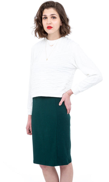 Minimalist dark green ribbed skirt