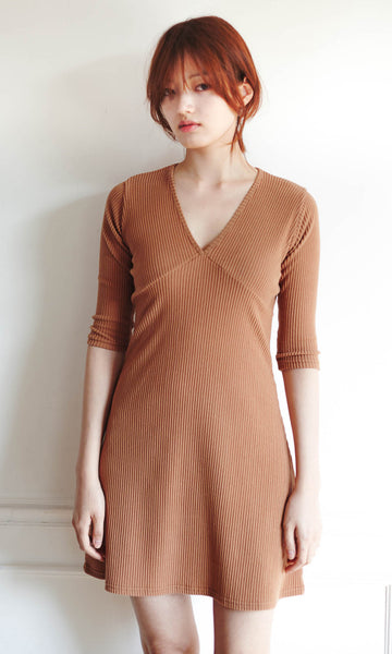 Gemini ribbed dress camel