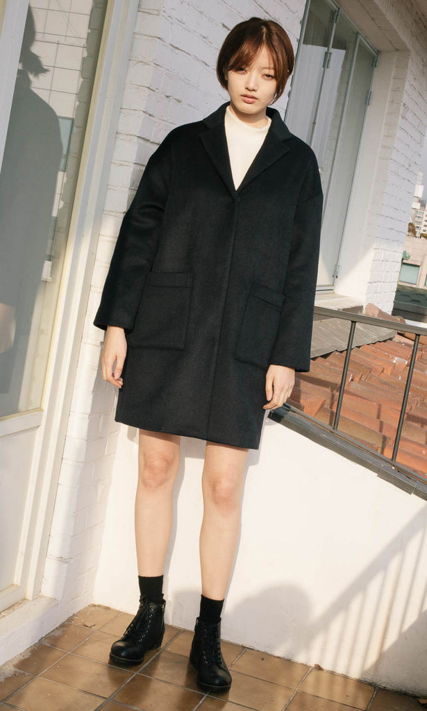 Seizieme dropped shoulder wool coat navy
