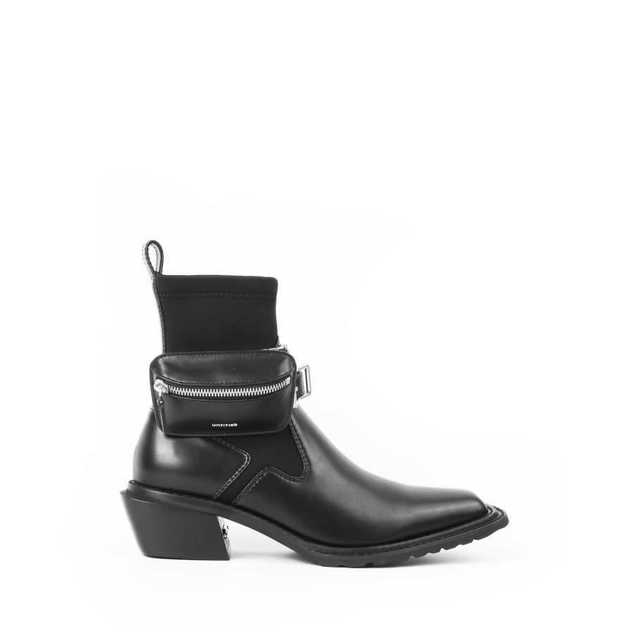 untitled #13 Hitch Boots(Matt Black with Bag)