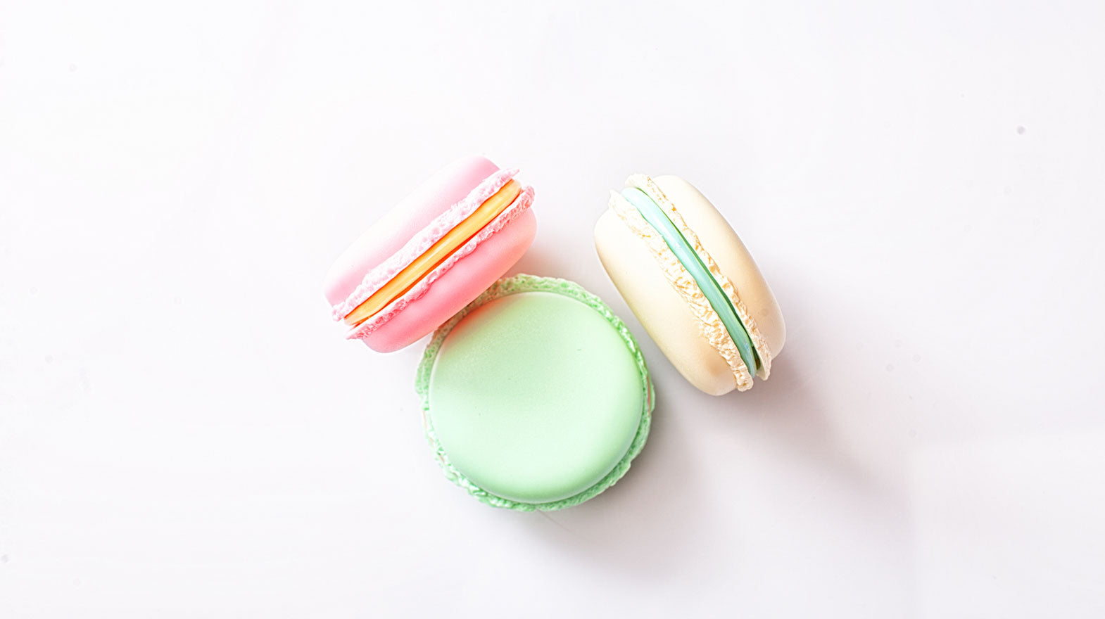 how to make perfect macarons and solve common problems that occur