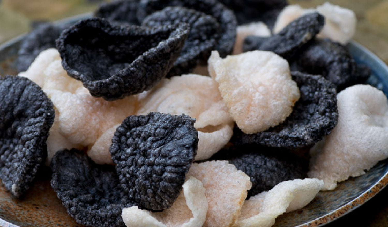 How To Make Squid Ink Prawn Crackers From Scratch: Recipe