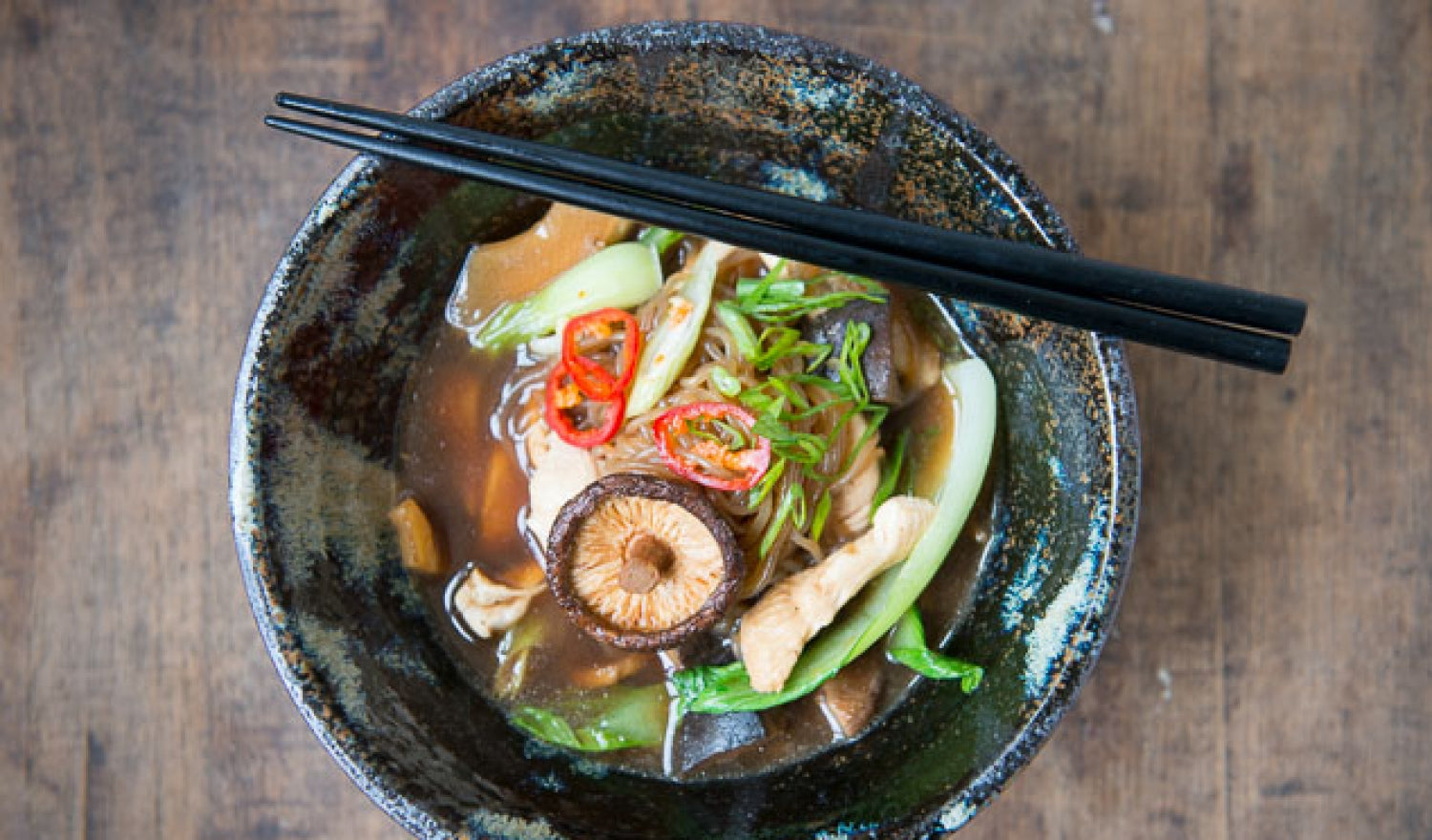 Umami-Rich Chicken Shirataki Noodle Soup Recipe