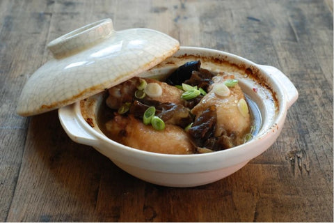 Traditional Chinese chicken clay pot recipe
