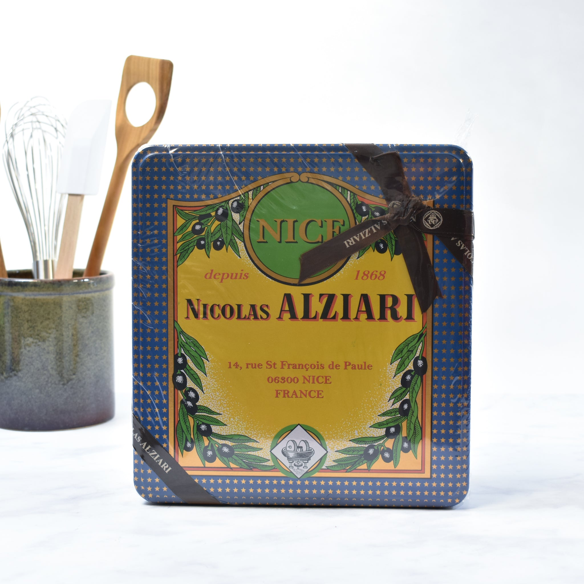 Nicolas Alziari Alziari Provence Olive Oil Gift Box Ingredients Oils & Vinegars French Food & Recipes Lifestyle Packaging Shot