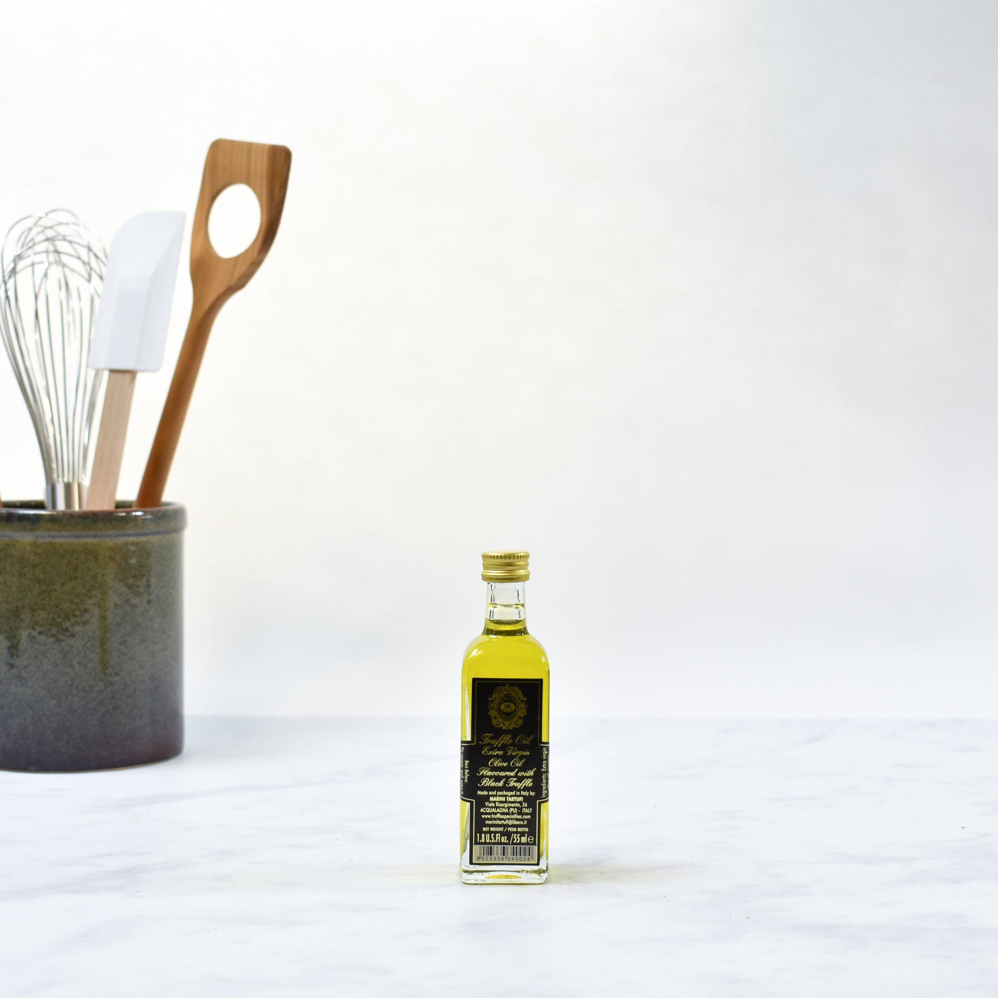 Black Truffle Oil 50ml  lifestyle photograph
