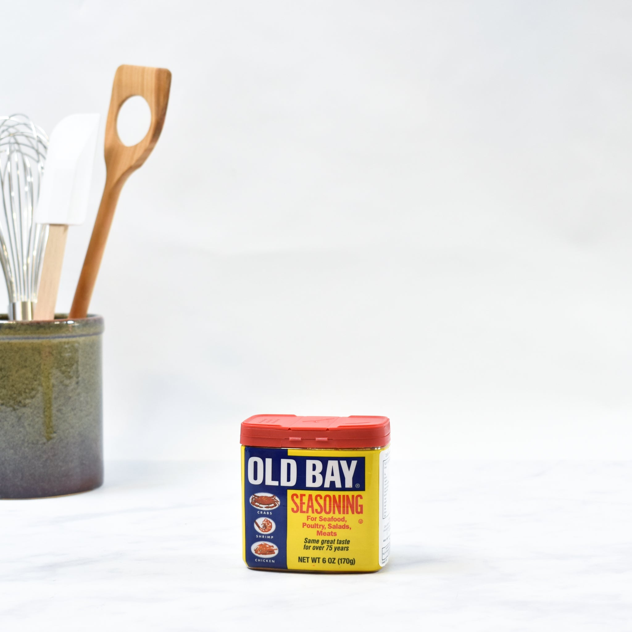 Old Bay Seasoning 170g lifestyle photograph