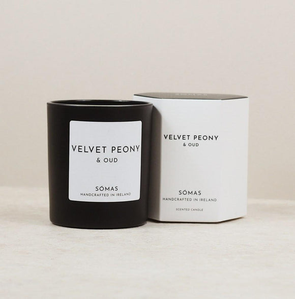 Velvet Peony & Oud Luxury Candle by SOMAS