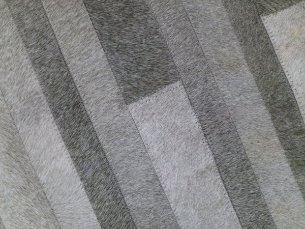 Cowhide Patchwork Rug. GRAY STRIPES!! Amazing Design!. 4ft x 6ft