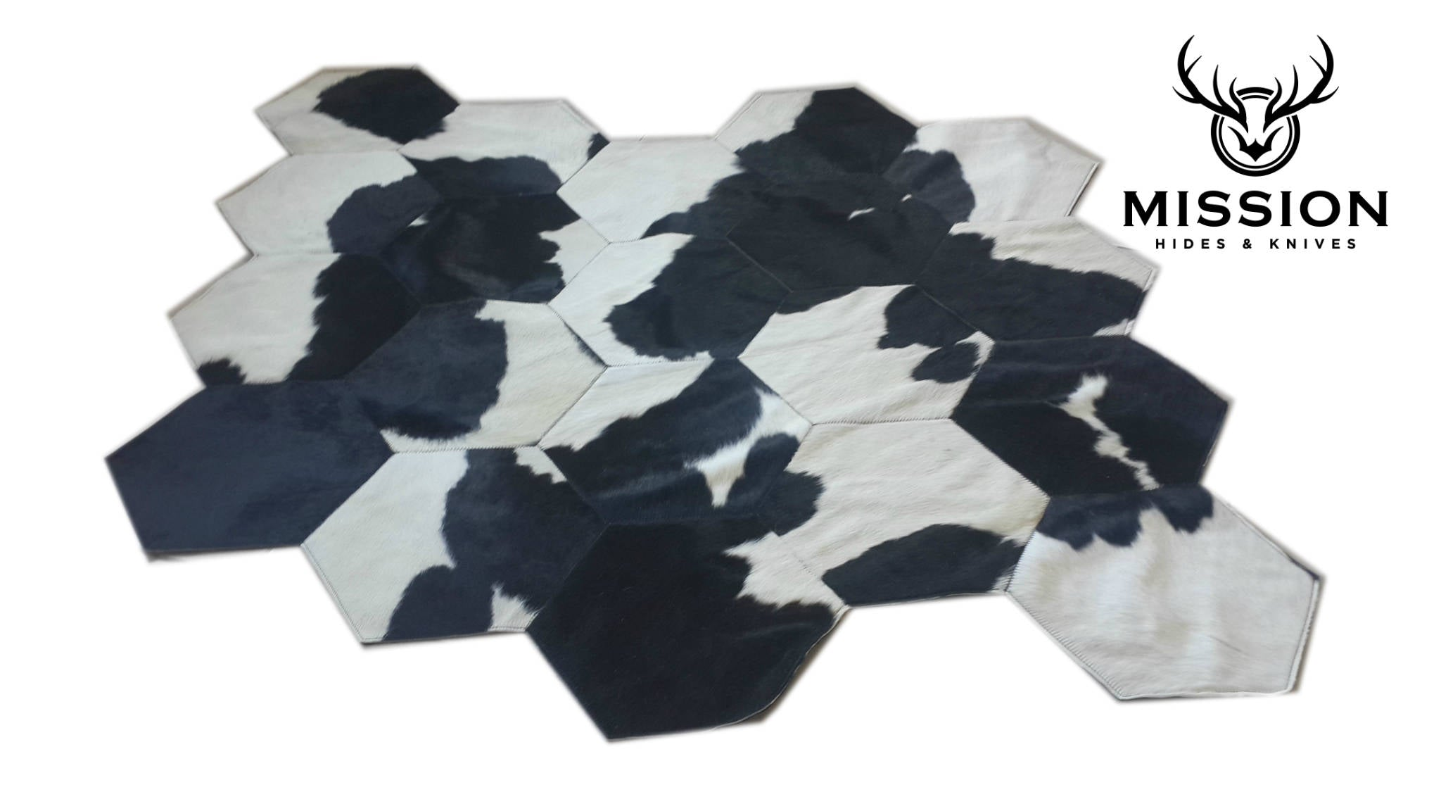 Cowhide Patchwork Rug. HEXAGON DESIGN Black Brown White ! Amazing!. 7.1 x 5.6 ft
