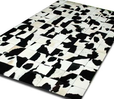 Cowhide Patchwork Rug. BLACK&WHITE! Amazing Design!. 4ft x 6ft