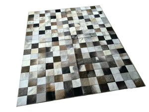 "Cowhide Patchwork Rug.  GRAYS/BROWNS!! Amazing Design! 4.6 x 6 ft! 4 ""Squares. A236"