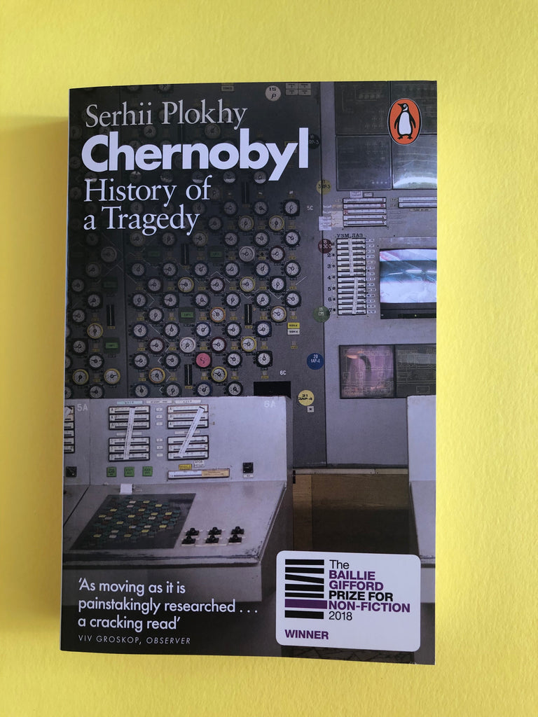 Chernobyl : History of a Tragedy, by Serhii Plokny (paperback Jan 2019)