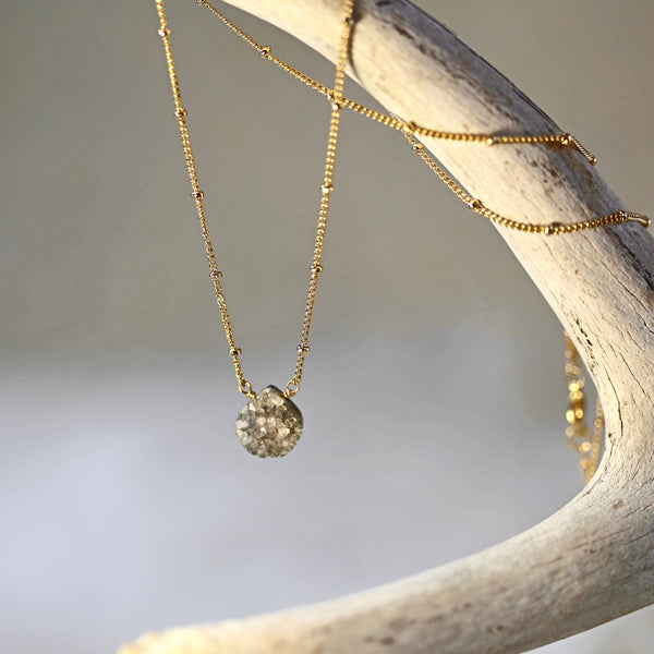 Sweet Druzy Necklace / Delicate Chain Necklace