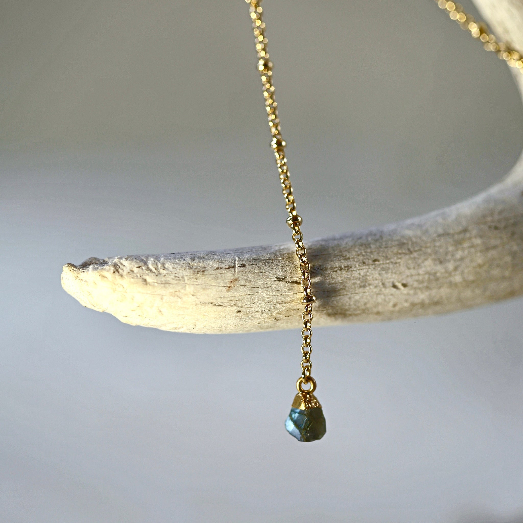 Gem Drop Y Necklace / Simple Chain Amazonite or Labradorite Necklace