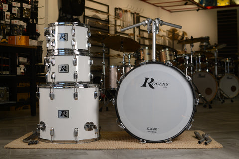 Rogers Big R 1976-79 Drum Kit in New England White - 082 - 22/12/13/18