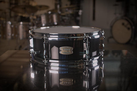 "Yamaha Stage Custom Hip Snare Drum 13x5"" in Raven Black"
