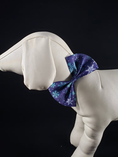 Mirage Pet Products - Snowflake Blues Pet Bow Tie - Medium