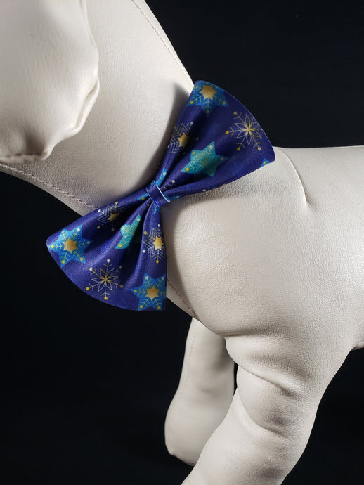 Mirage Pet Products - Stars of David & Snowflakes Bow Tie - Medium