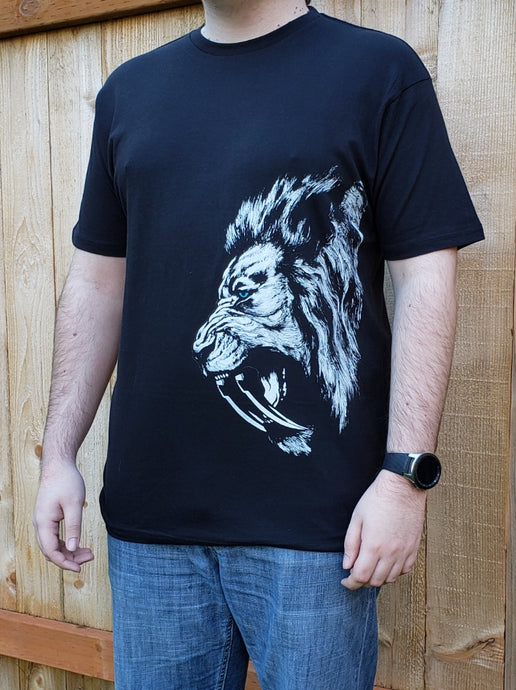 Arm the Animals Leonidas men's tee shirt black lion