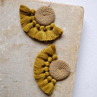 Crochet Single Disc Tassel Earrings - Cumin & Cumin
