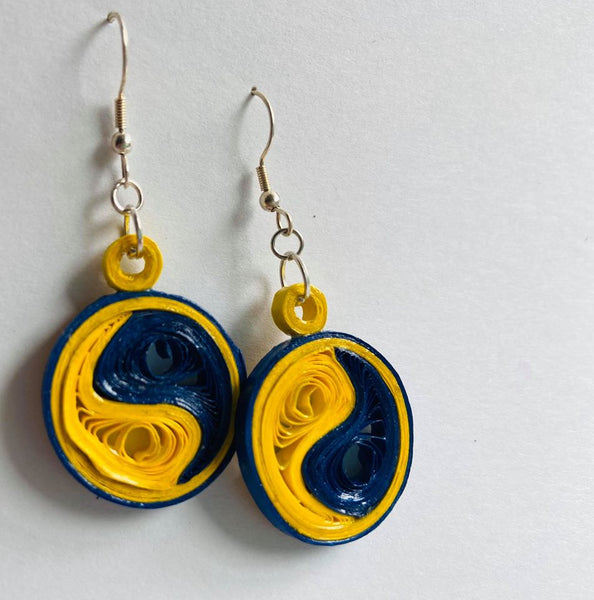 Paper Filigree Earrings - Ying and Yang