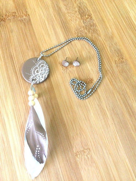 Mandala Wood & Feather Necklace & Earrings Set - Taupe & White