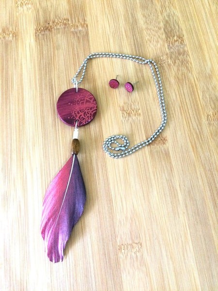 Mandala Wood & Feather Necklace & Earrings Set - Maroon & Rose Gold